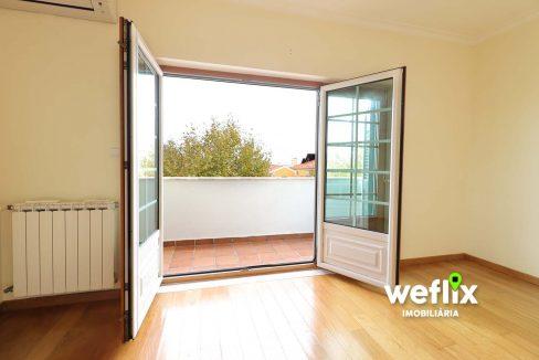 moradia beloura I com piscina - weflix imobiliaria 5k