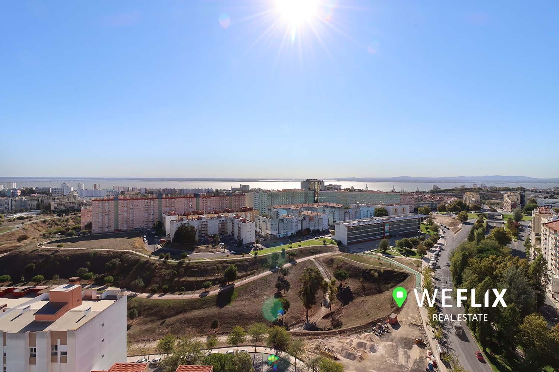 Apartamento T4 no Areeiro – 3 frentes com vistas fabulosas